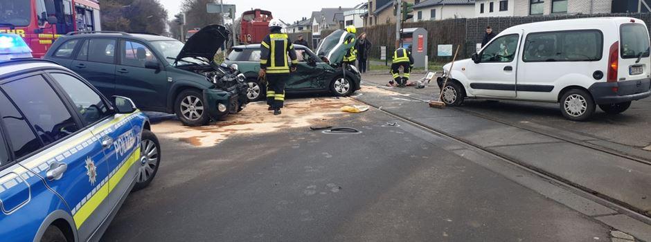 Schwerer Verkehrsunfall in Niederkassel Rheidt