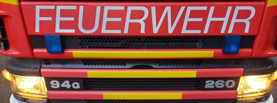 Giftgrün verfärbtes Wasser: Feuerwehr und V+E geben Entwarnung