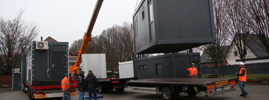 Container für Rettungswache Clarholz eingetroffen