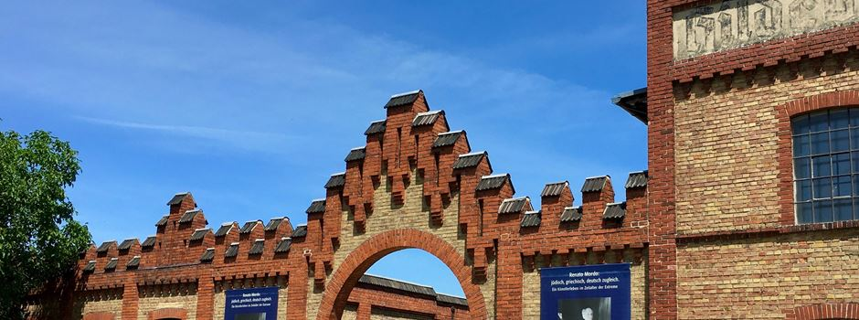 """Jugendprojekt """"Gewalt hat eine Geschichte"""": Konfirmanden besuchen die Gedenkstätte KZ Osthofen"""