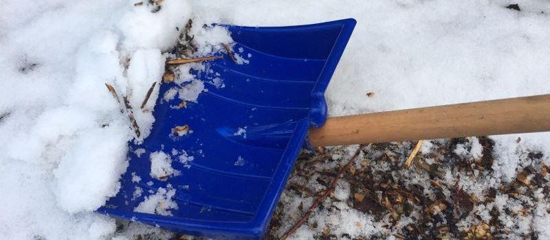 Unfallrisiken bei Schnee und Glätte minimieren