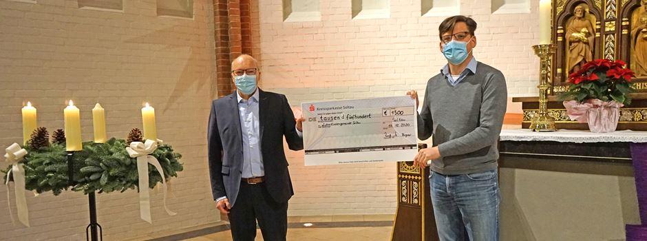 1.000 Euro für Hospizdienst und 2.000 Euro für die Lutherkirchengemeinde