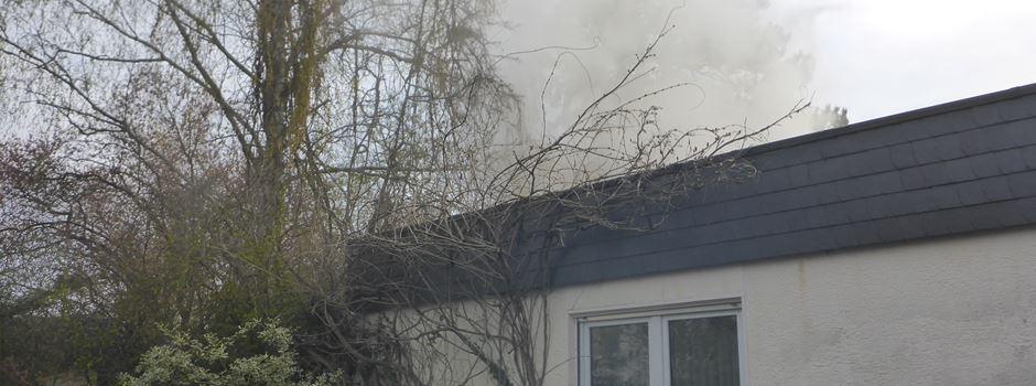 Feuerwehr rettet Katze aus brennendem Bungalow