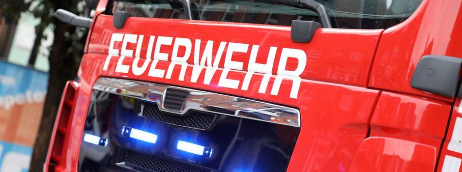 Zehn Personen bei Großbrand verletzt