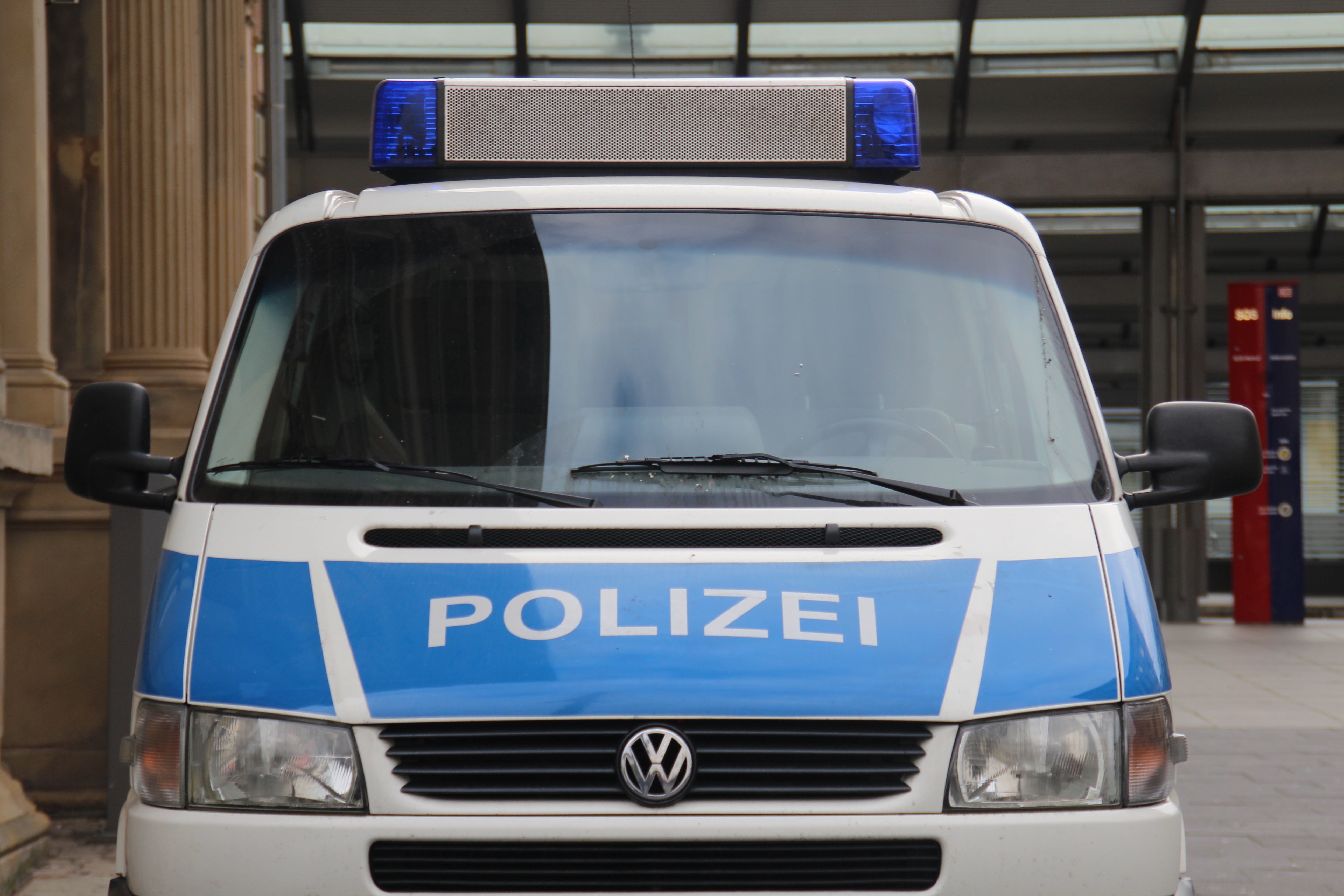 Mitten in Wien: Polizei nimmt Mann mit Sprengstoff fest