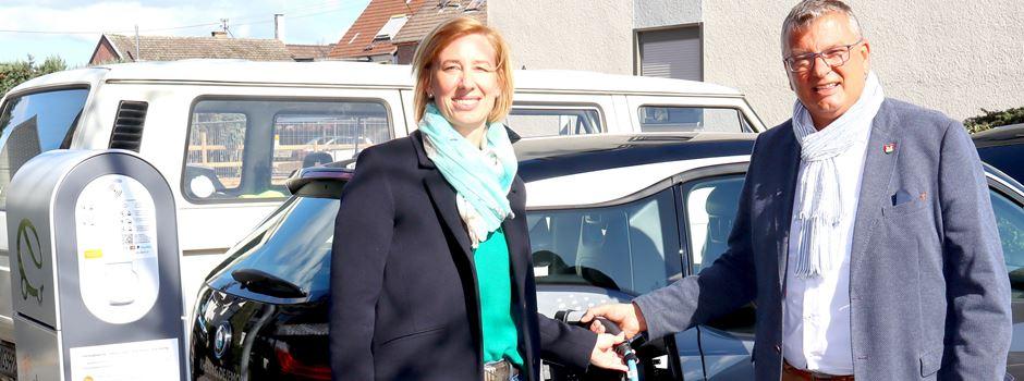 Sechs neue Ladestationen für E-Fahrzeuge in Niederkassel