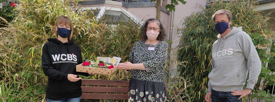 Hoodie-Aktion: Wiesbadener Hospiz bekommt wichtige Aromaöle