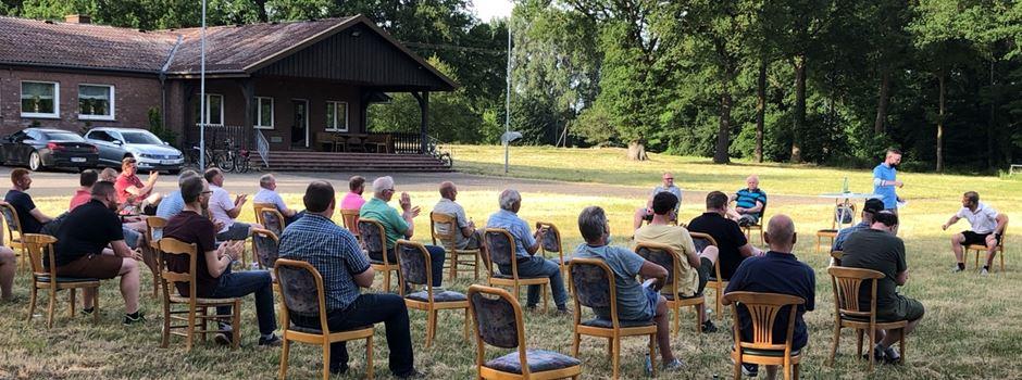 St. Hubertus Clarholz-Heerde: Offiziersversammlung auf dem Schützenplatz