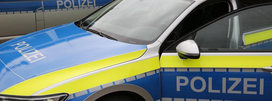 Ohne Fahrerlaubnis unterwegs, Drogen und Diebesgut im Auto