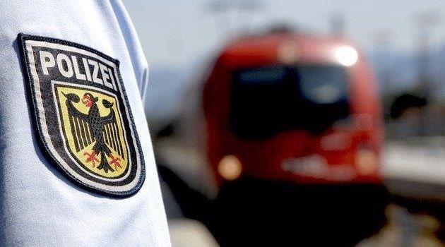12-Jähriger von Zug erfasst und schwer verletzt