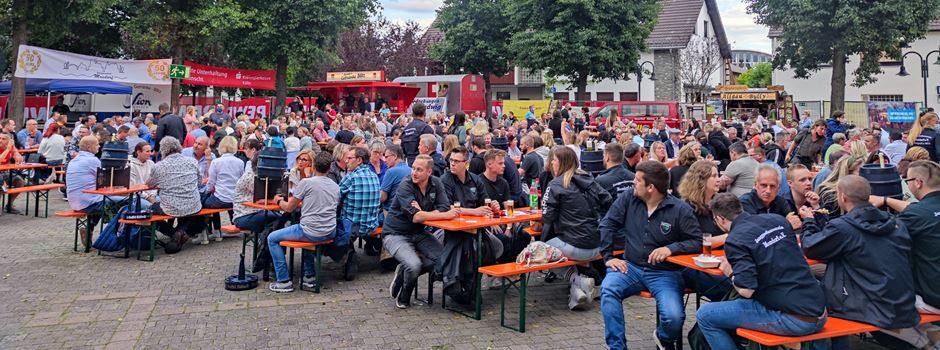"""Mondorf: 1. Wiesenfestival mit """"Sidewalk DiscoRockerz"""" war ein voller Erfolg"""