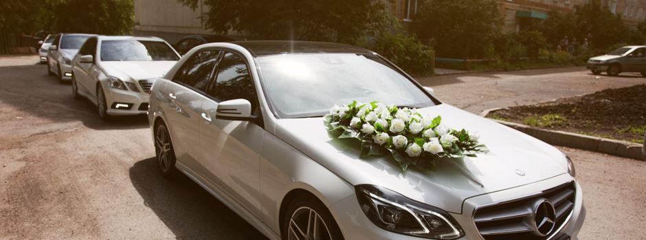 Hochzeitskorso auf A66 wird zu gefährlichem Straßenrennen
