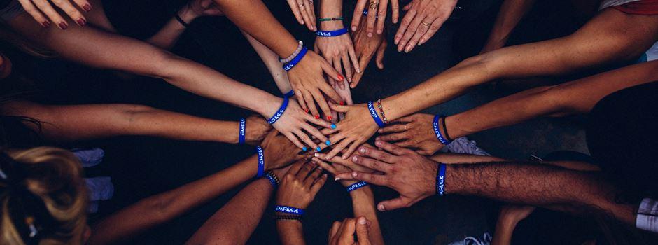 Zusammenhalt: 6 Tipps, wie ihr in der Corona-Krise einander helfen könnt