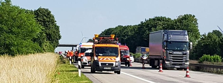 Unfall auf A 61: Beifahrer tödlich verletzt