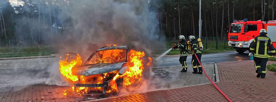 Pkw-Brand auf der Autobahn 7