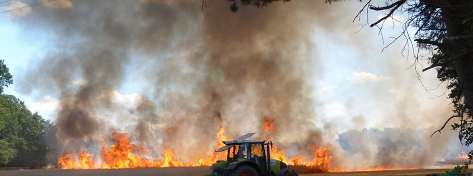 Kornfeld an der Groppeler Straße abgebrannt