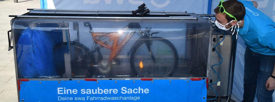Augsburg: Sauber radeln mit der mobilen Fahrradwaschanlage