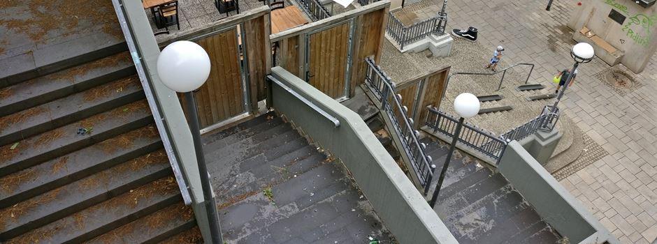 Wie es mit der heruntergekommenen Treppe am Coulin-Parkhaus weitergeht