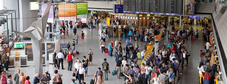 Wird die Verbindungsbahn am Flughafen zu den Ferien fertig?