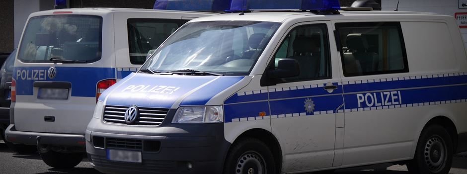 Fußgängerin verursacht Unfall in Webergasse