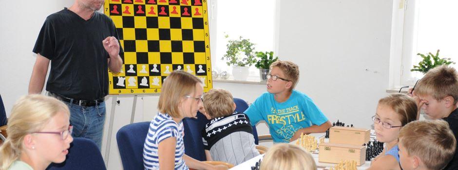 Ferienspiele: Schachspiel für Kinder