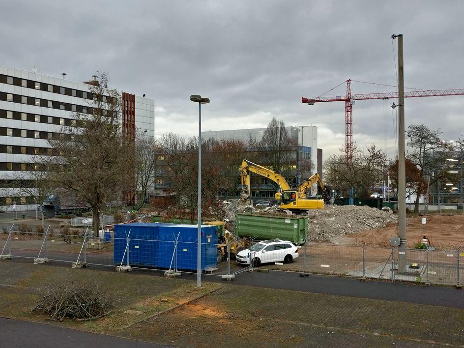 Biontech Rustet In Mainz Auf