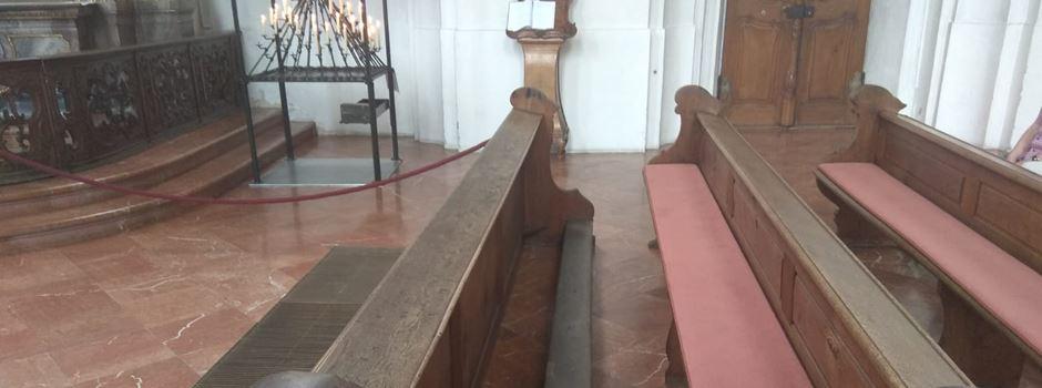 Was es mit den Holzschnitzereien in der Augustinerkirche auf sich hat