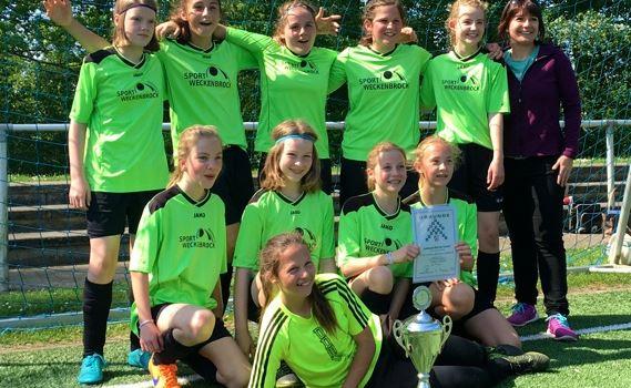 Fußball-Bezirksmeisterschaften gewonnen