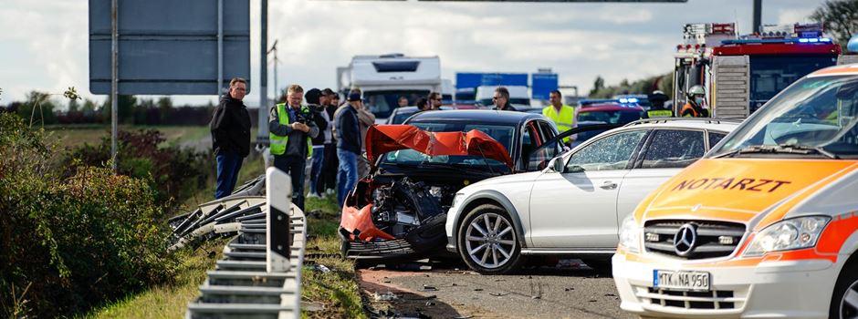 Nach tödlichem Autorennen: Staatsanwaltschaft ermittelt wegen Mordes
