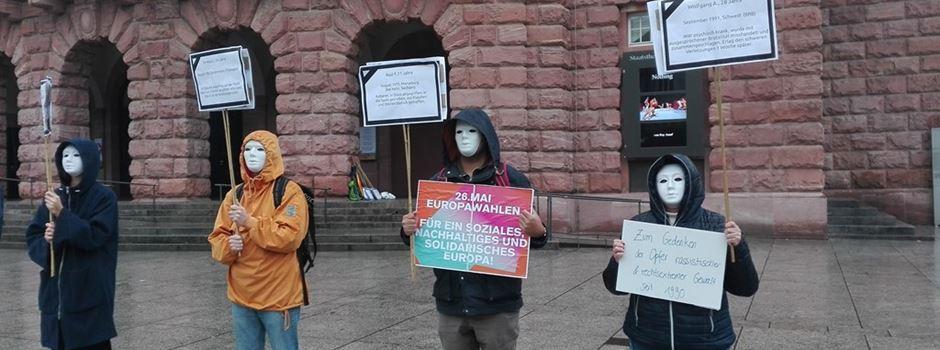 Aktivisten demonstrieren in Mainz