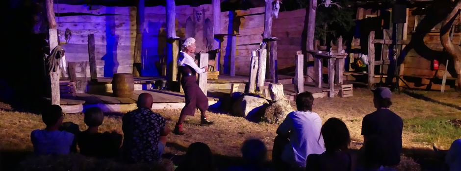 Theater auf dem Piratenplatz