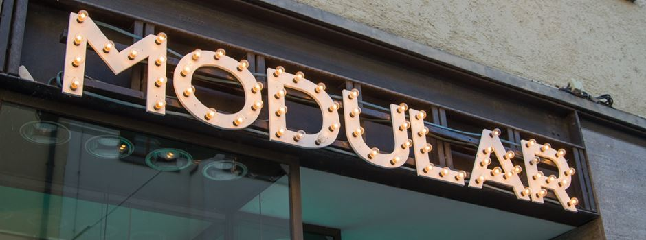 Augsburgs beste Late-Night-Show auf der Suche nach dem Sinn des Lesens