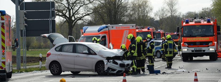 Gütersloher Straße: Verkehrsunfall mit vier Verletzten