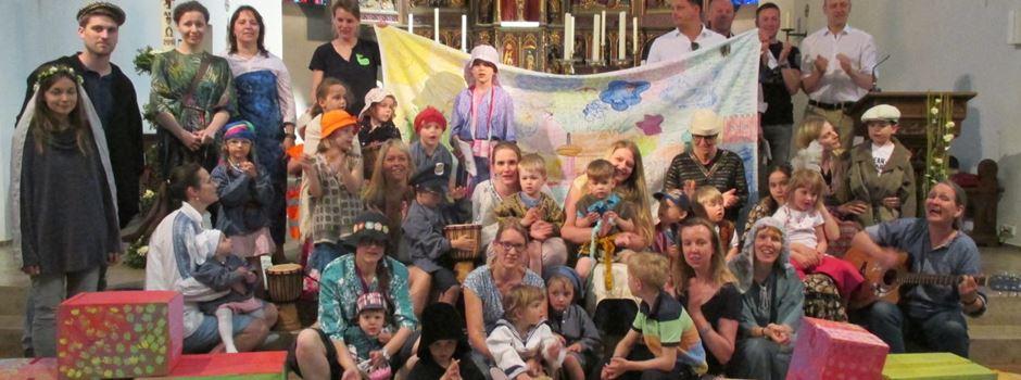 Familien feiern ihren Glauben