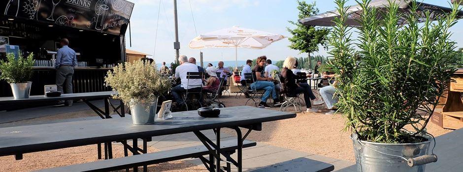 """Die """"Mole"""" – Biergarten und Sommerlounge am Winterhafen"""