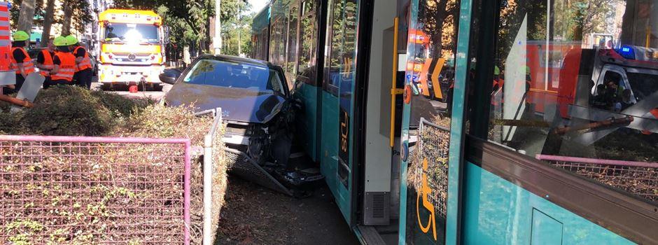 Verletzte bei Straßenbahnunfall im Ostend