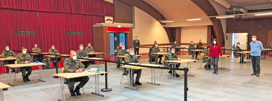 """Bundeswehr hilft mit 24 zusätzlichen """"Schnelltestern"""" in Pflegeeinrichtungen"""
