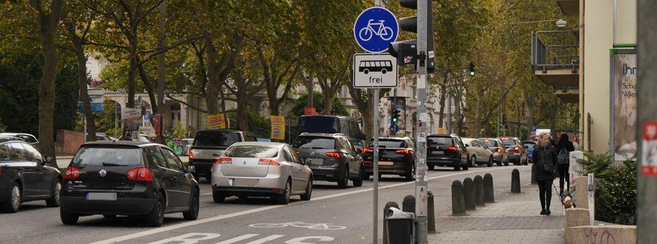 Neue Zahlen: Wie beeinflussen die Umweltspuren den Verkehr in Wiesbaden?