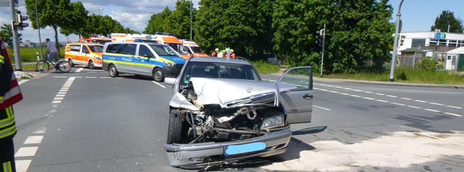 Drei Verletzte bei Unfall mit Rettungswagen