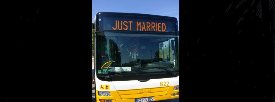 """Wenn """"Just married"""" auf Mainzer Stadtbussen steht"""