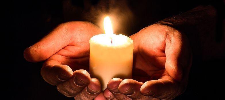 Gedenken an die Verstorbenen in der Corona-Pandemie