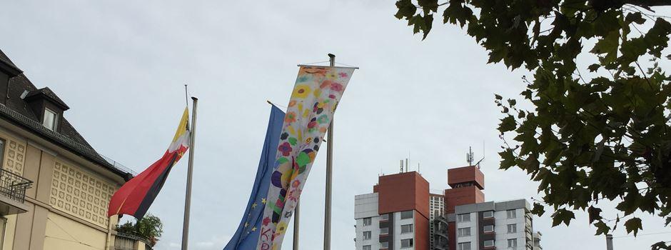 Warum in Biebrich eine bunte Fahne weht