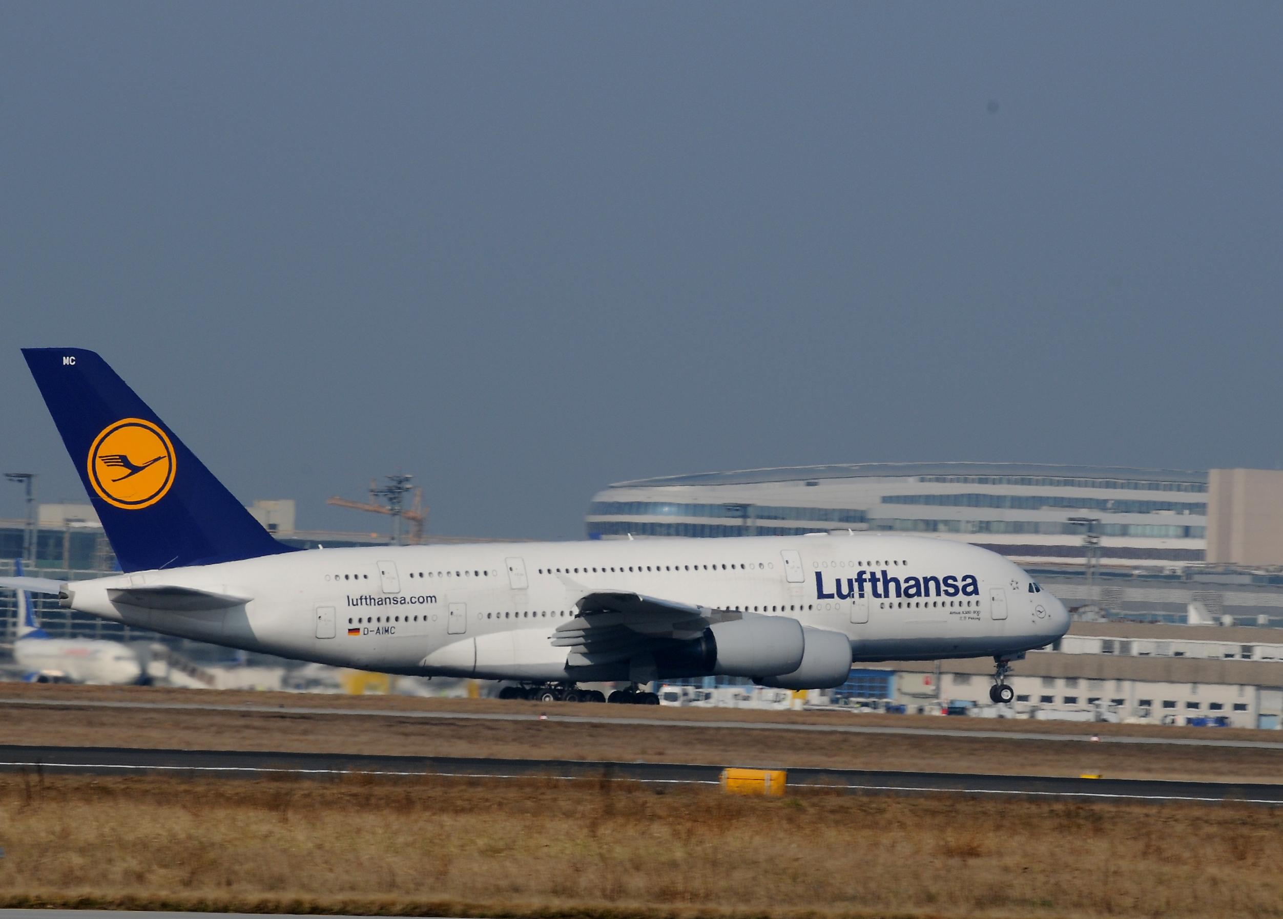 Frankfurter Flughafen wird von Lufthansa stark kritisiert