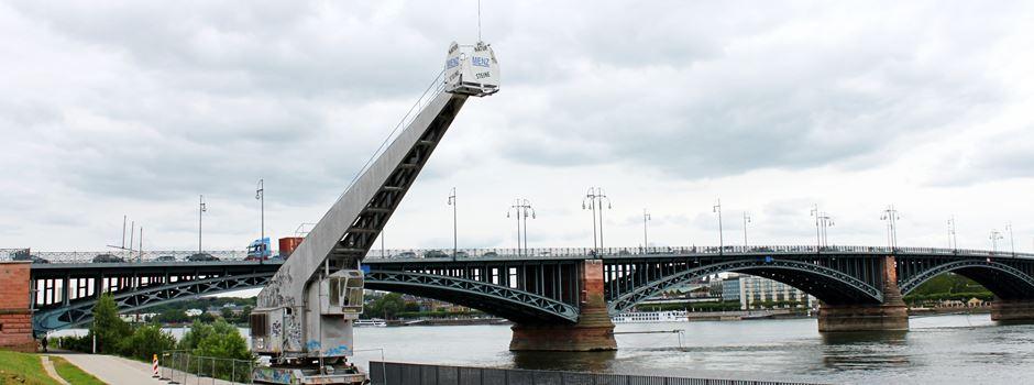 Neue Bistrobar am Rheinufer Kastel  eröffnet schon im Juni