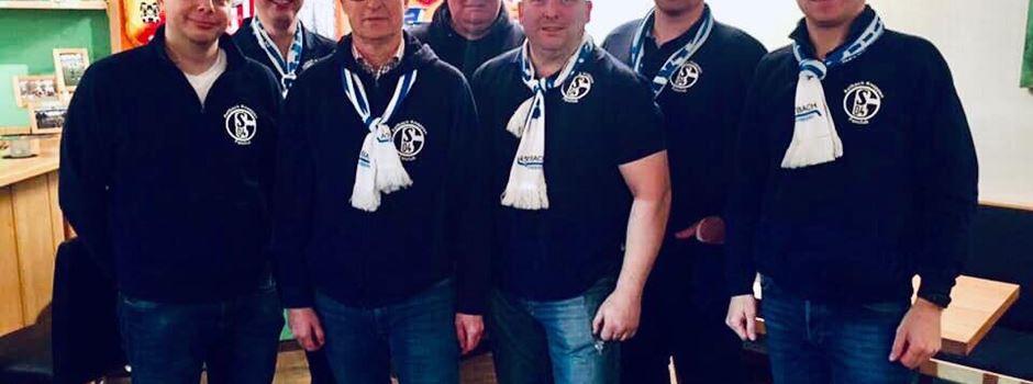 Axtbach Knappen spenden an die Nachwuchs-Kicker des TSV