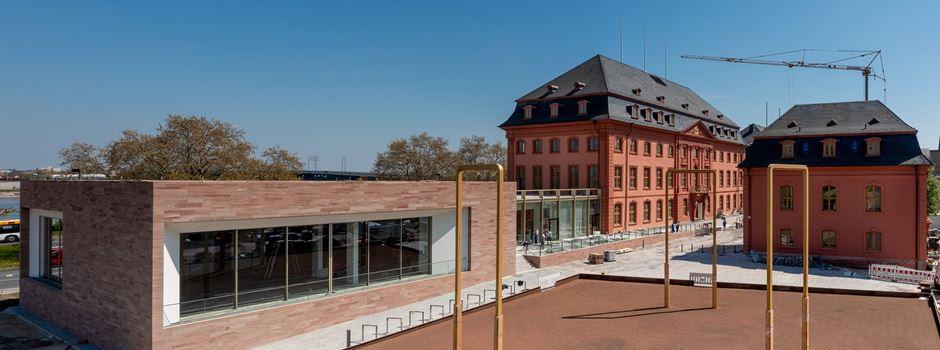 Nach sechs Jahren Bauzeit: Neuer Landtag vor der Eröffnung