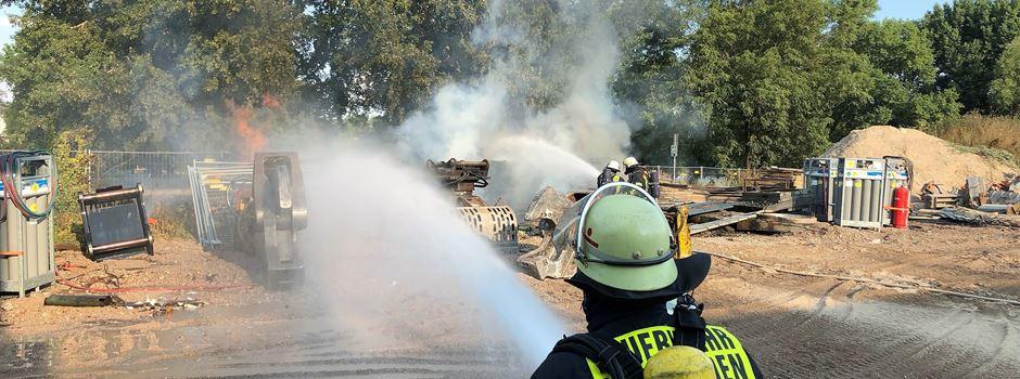 Update: Feuer unter der Schiersteiner Brücke