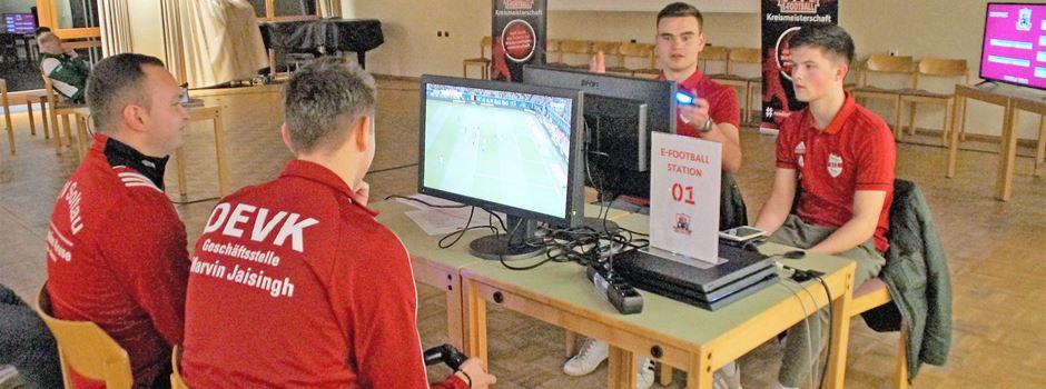 E-Football: Dribblings und Torschüsse mit flinken Fingern
