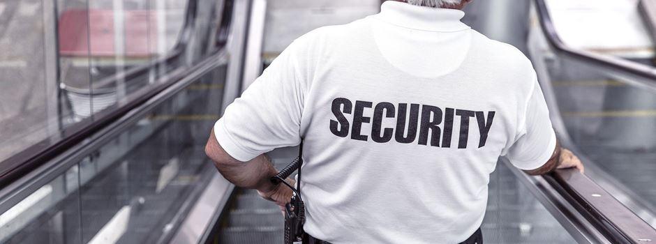 Security-Mitarbeiter verletzt Wiesbadener Supermarkt-Kunden schwer