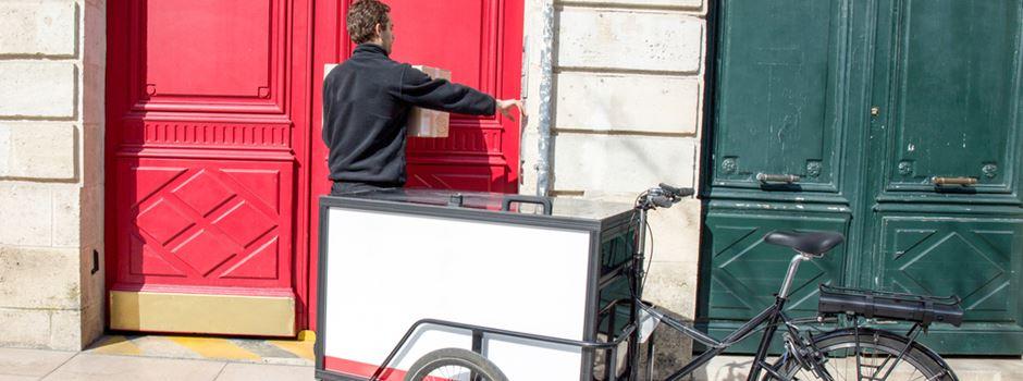 Neuer Lieferdienst bringt Waren von Wiesbadener Geschäften nach Hause